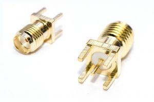 Edge mount RPSMA Connector